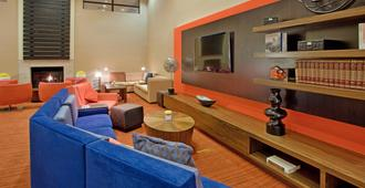 Courtyard by Marriott Salt Lake City Airport - Salt Lake City - Wohnzimmer