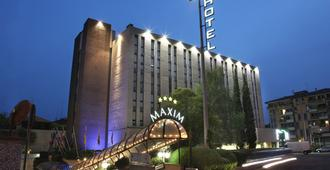Hotel Maxim - Βερόνα - Κτίριο