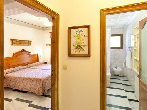 Hotel Rosa - Denia - Bedroom