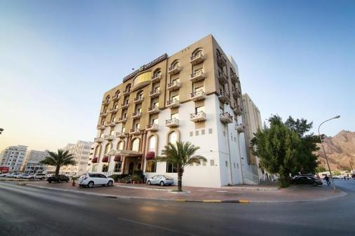 Hotel Golden Oasis - Muscat - Building