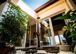 Victoria Hoi An Beach Resort & Spa - Hoi An - Κτίριο