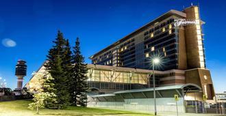 Fairmont Vancouver Airport In-Terminal Hotel - Richmond - Building
