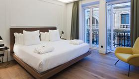 One Shot Palacio Reina Victoria 04 Hotel - Valencia - Bedroom