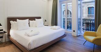 One Shot Palacio Reina Victoria 04 - ולנסיה - חדר שינה