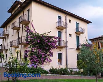 Ostello delle cartiere - Toscolano Maderno - Building