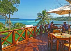 Ocean View Apartments - Port Vila - Balcón
