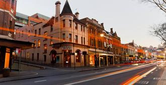 The Russell Hotel - Sydney