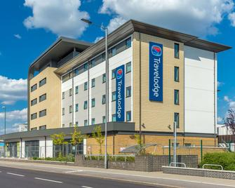 Travelodge London Enfield - Enfield - Building