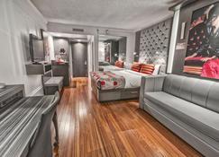 Hôtel Plaza Québec - Québec City - Bedroom