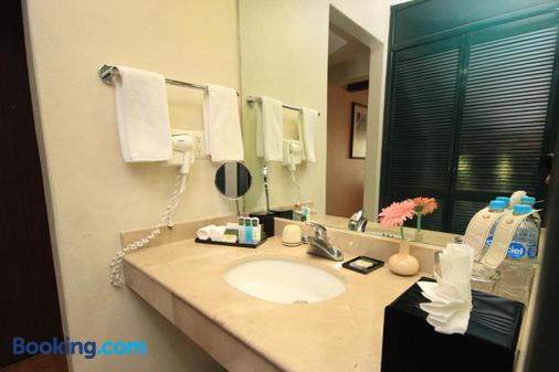 梅賽德斯別墅酒店 - 聖克立斯托巴-拉斯 – 卡沙斯 - San Cristobal de las Casas - 浴室