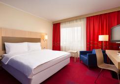 Park Inn by Radisson Pulkovskaya Hotel & Conferenc - Saint Petersburg - Phòng ngủ