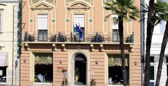 Hotel Liberty - Viareggio - Edificio