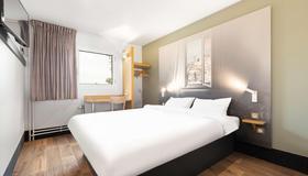 B&B Hotel Lyon Centre Monplaisir - Lyon - Bedroom