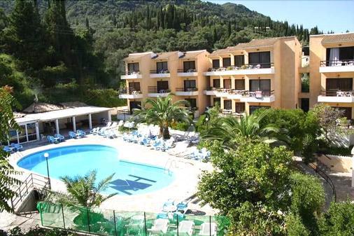 Le Mirage Hotel - Benitses - Uima-allas
