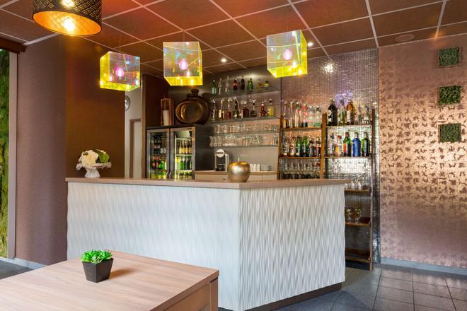 The Originals City, Archotel, Sens (Inter-Hotel) - Sens - Bar