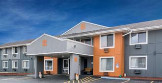 Super 8 by Wyndham Rochester Mayo Clinic Area - רוצ'סטר