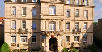 Nouvel Hotel - Bagnoles-de-l'Orne-Normandie - Building