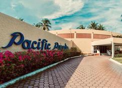 Hotel Pacific Paradise - Ла-Эррадура - Вид снаружи