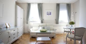 Aparthotel Vila Minka - Ljubljana - Living room