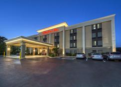 Hampton Inn Hot Springs - Hot Springs - Building