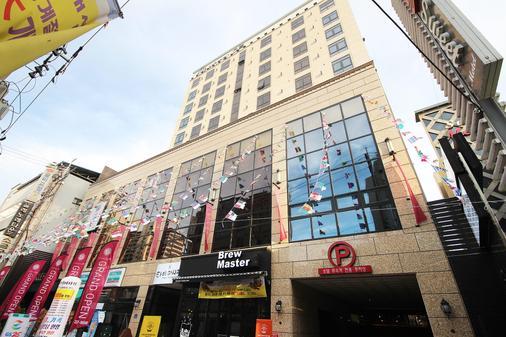 February Hotel Dongseongro - Daegu - Toà nhà
