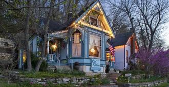 Cliff Cottage Inn - Victorian B&b And Boutique Hotel - Eureka Springs