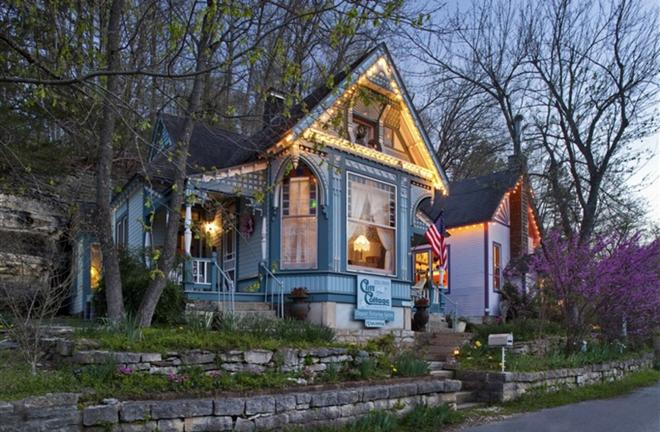 Cliff Cottage Inn - Luxury B&b Suites And Cottages - Eureka Springs