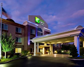 Holiday Inn Express Hotel & Suites Medford-Central Point - Central Point - Edificio