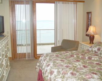 Sugar Beach Resort Hotel - Traverse City - Makuuhuone