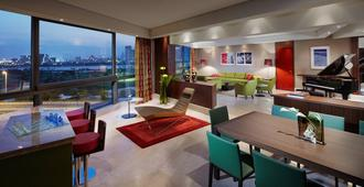فندق جميرا الخور - دبي - غرفة نوم