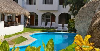 Hotel Alikar Huatulco - La Crucecita