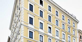 Generator Rome - Ρώμη - Κτίριο