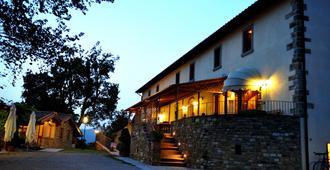 Hotel Restaurant La Torricella - ארצו - בניין