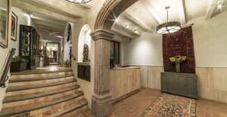 Villa Mirasol Hotel - San Miguel de Allende - Rezeption