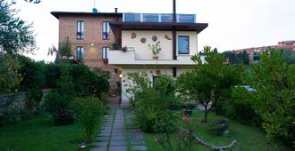 Hotel Ristorante Piccolo Chianti - Siena - Building