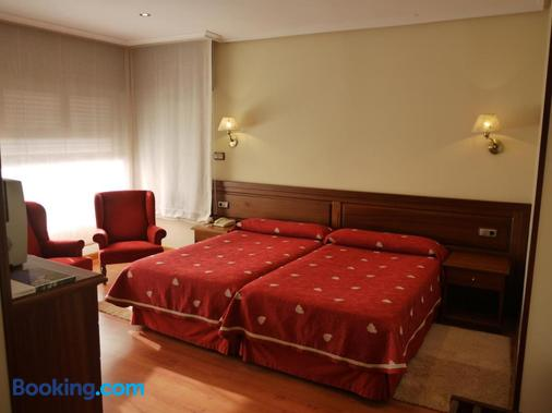 薩布隆酒店 - 利亞內斯 - 臥室