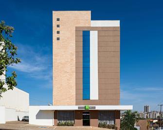 ibis Styles Franca - Franca - Building