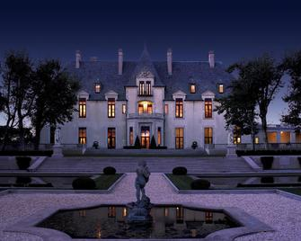 Oheka Castle Hotel & Estate - Huntington - Building