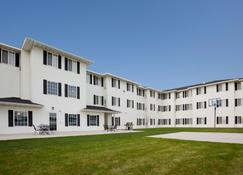GrandStay Residential Suites Hotel Rapid City - Rapid City - Building