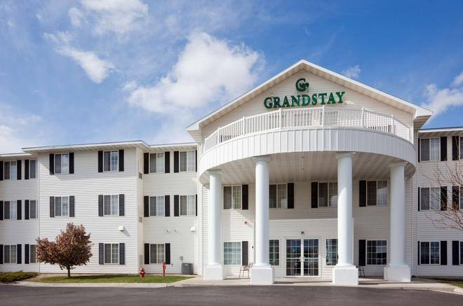 GrandStay Residential Suites Hotel Rapid City - Rapid City - Κτίριο