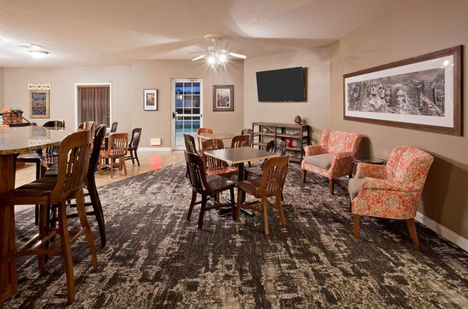 GrandStay Residential Suites Hotel Rapid City - Rapid City - Εστιατόριο