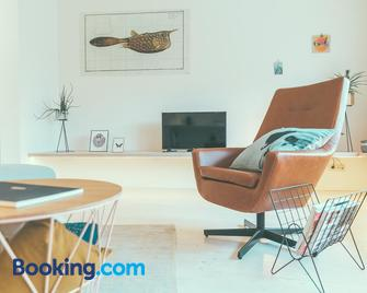 AP8 - Aalst - Living room