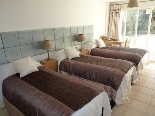 The Willows Guesthouse - Bishop's Stortford - Κρεβατοκάμαρα