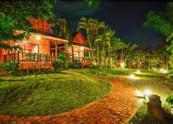 Rangsiman Resort - Bãi biển Aonang - Cảnh ngoài trời