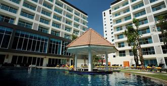 Centara Pattaya Hotel - Pattaya - Pool