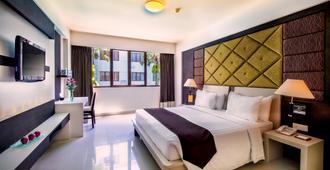 Aston Kuta Hotel and Residence - Kuta - Bedroom