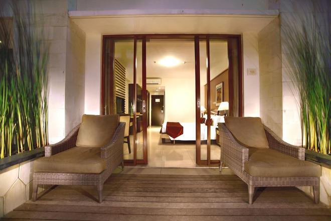 Aston Kuta Hotel and Residence - Kuta - Lobby