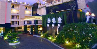 Aston Kuta Hotel and Residence - קוטה