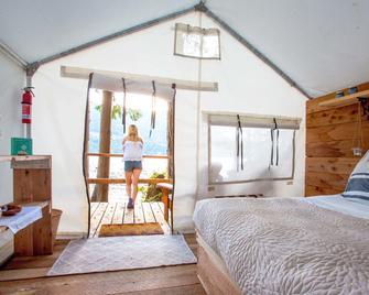 Wilderness Resort & Retreat - Cawley Point - Egmont - Bedroom