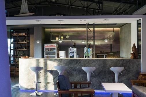 Taipei Discover Hostel - Taipei - Bar